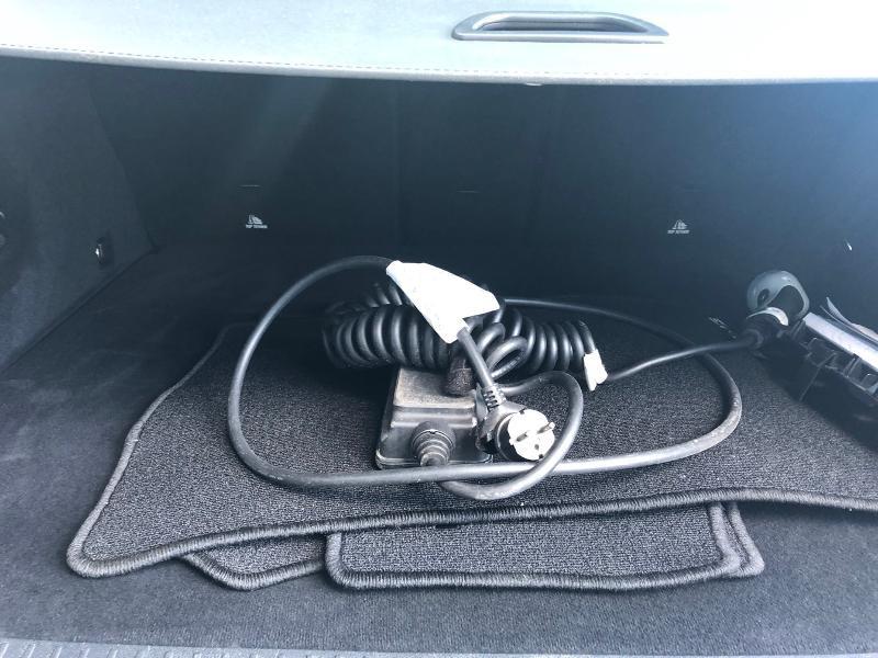 Photo 17 de l'offre de MERCEDES-BENZ GLC 350 e 211+116ch Executive 4Matic 7G-Tronic plus à 39990€ chez Renault Léguevin Auto distribution occitane
