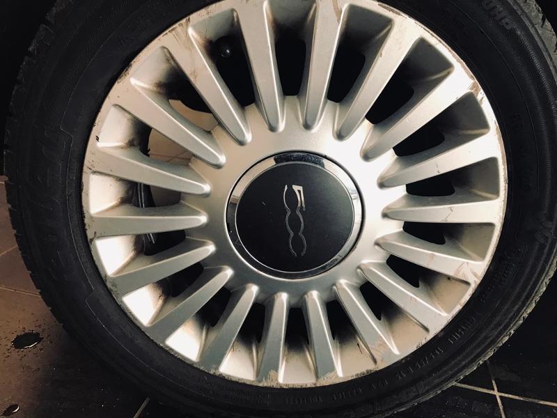 Photo 15 de l'offre de FIAT 500 1.3 Multijet 16v 75ch DPF Lounge à 5990€ chez Renault Léguevin Auto distribution occitane