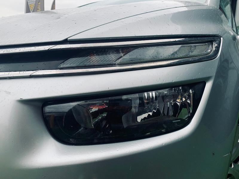 Photo 14 de l'offre de CITROEN Grand C4 Picasso BlueHDi 120ch Business + S&S 98g à 9490€ chez Renault Léguevin Auto distribution occitane
