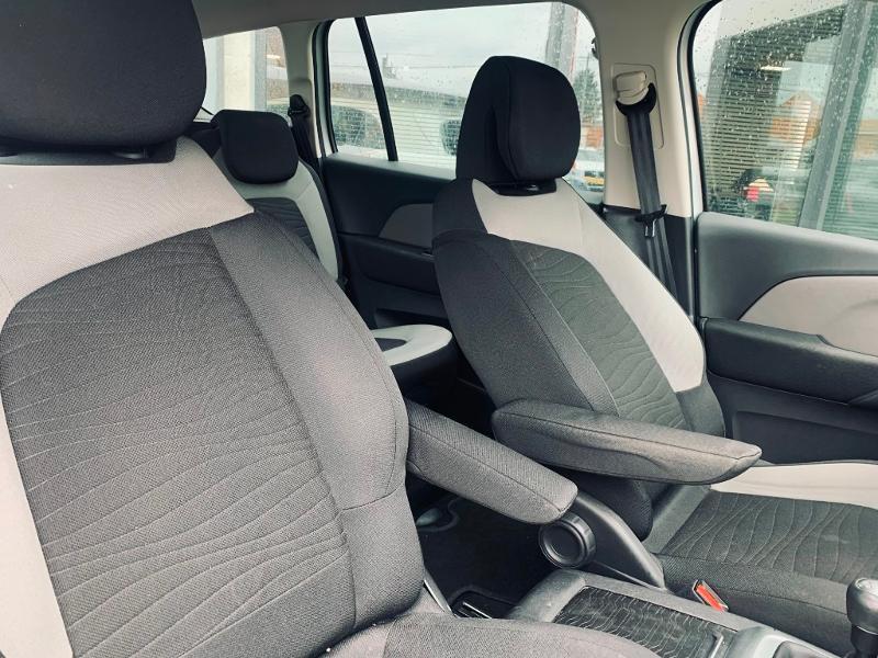 Photo 7 de l'offre de CITROEN Grand C4 Picasso BlueHDi 120ch Business + S&S 98g à 9490€ chez Renault Léguevin Auto distribution occitane