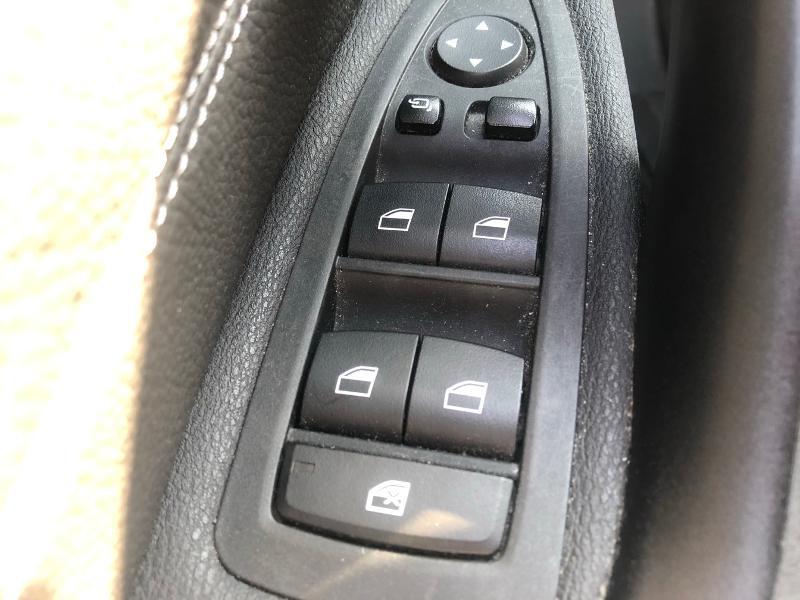Photo 18 de l'offre de BMW X1 sDrive18dA 150ch M Sport Euro6c à 24990€ chez Renault Léguevin Auto distribution occitane