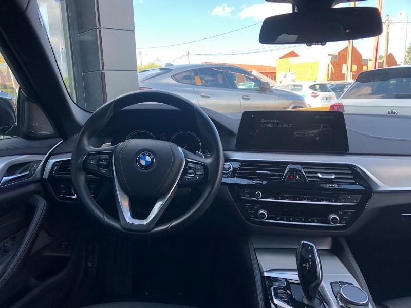 Photo 14 de l'offre de BMW Serie 5 520dA xDrive 190ch Luxury à 38490€ chez Renault Léguevin Auto distribution occitane
