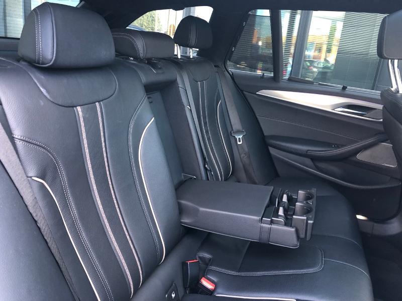 Photo 28 de l'offre de BMW Serie 5 520dA xDrive 190ch Luxury à 38490€ chez Renault Léguevin Auto distribution occitane