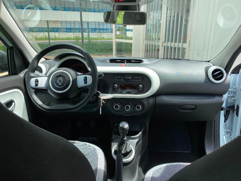 Photo 11 de l'offre de RENAULT Twingo 1.0 SCe 75ch Zen à 11990€ chez Renault Léguevin Auto distribution occitane