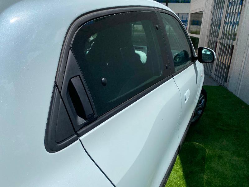 Photo 6 de l'offre de RENAULT Twingo 1.0 SCe 75ch Zen à 11990€ chez Renault Léguevin Auto distribution occitane