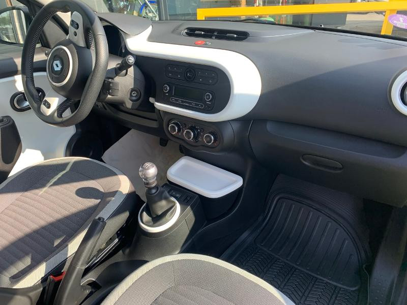 Photo 8 de l'offre de RENAULT Twingo 0.9 TCe 90ch energy Intens à 10490€ chez Renault Léguevin Auto distribution occitane