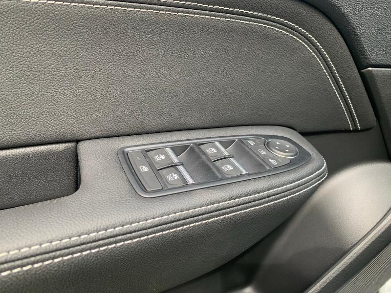 Photo 17 de l'offre de RENAULT Arkana 1.6 E-Tech 145ch Intens -21B à 34990€ chez Renault Léguevin Auto distribution occitane