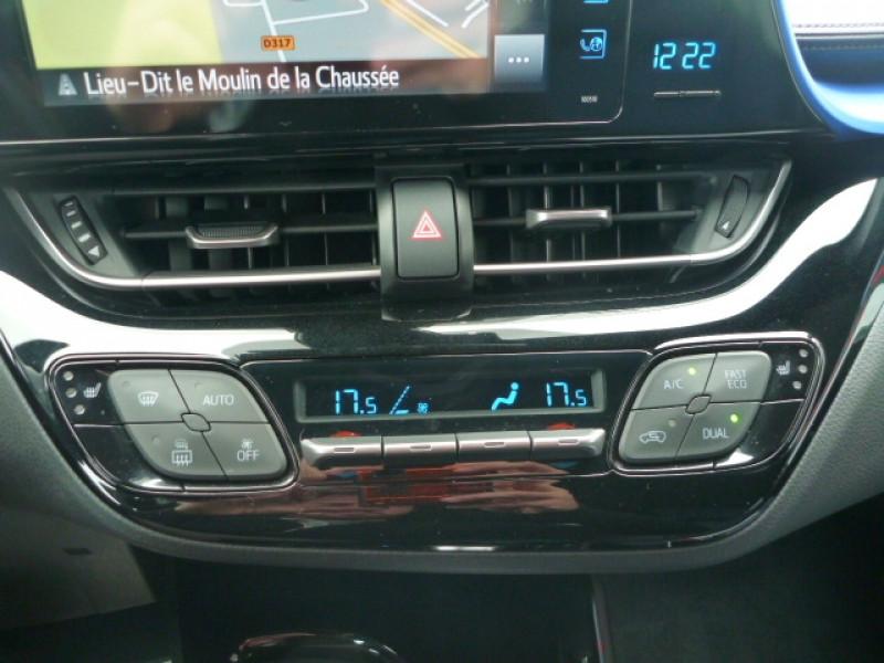 Photo 11 de l'offre de TOYOTA C-HR 1.2 T 116 GRAPHIC AWD CVT à 18490€ chez J'NOV AUTO
