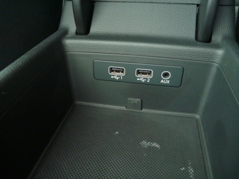 Photo 20 de l'offre de AUDI A4 AVANT 2.0 TDI 150CH S LINE S TRONIC 7 à 22990€ chez J'NOV AUTO