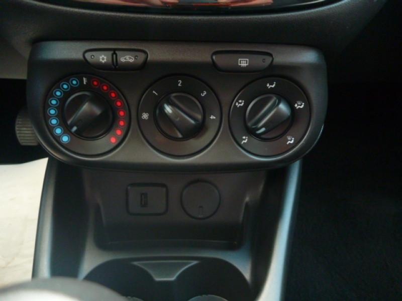Photo 10 de l'offre de OPEL CORSA 1.4 90CH DESIGN 120 ANS START/STOP 5P à 11250€ chez J'NOV AUTO
