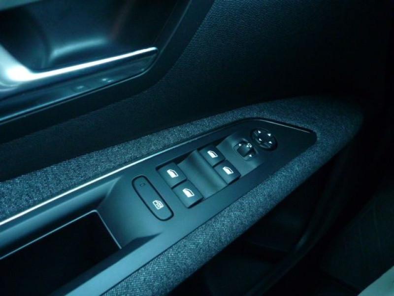 Photo 15 de l'offre de PEUGEOT 3008 1.6 BLUEHDI 120CH ACTIVE BUSINESS S&S EAT6 à 21990€ chez J'NOV AUTO