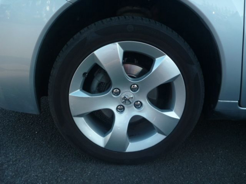 Photo 16 de l'offre de PEUGEOT 3008 1.6 HDI112 FAP BUSINESS PACK à 9490€ chez J'NOV AUTO