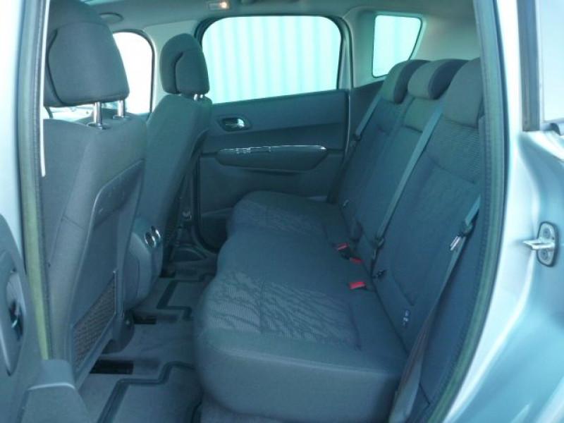 Photo 4 de l'offre de PEUGEOT 3008 1.6 HDI112 FAP BUSINESS PACK à 9490€ chez J'NOV AUTO