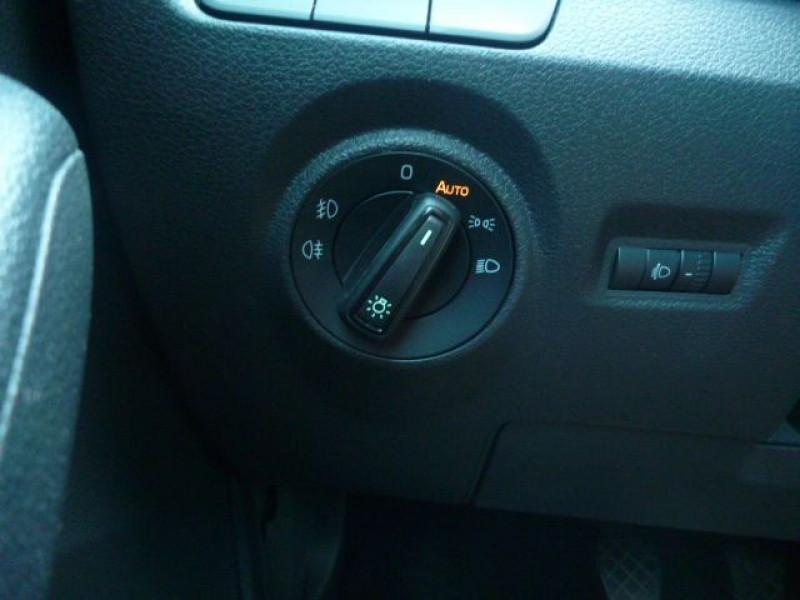 Photo 11 de l'offre de SKODA FABIA 1.0 MPI 75CH EDITION à 11250€ chez J'NOV AUTO