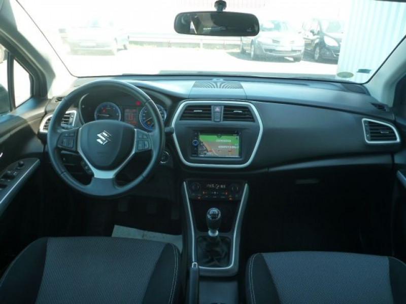 Photo 7 de l'offre de SUZUKI SX4 S-CROSS 1.6 DDIS PRIVILEGE à 10250€ chez J'NOV AUTO