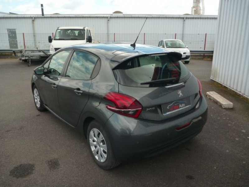Photo 3 de l'offre de PEUGEOT 208 1.6 BLUEHDI 100CH ACTIVE BUSINESS S&S 5P à 10990€ chez J'NOV AUTO
