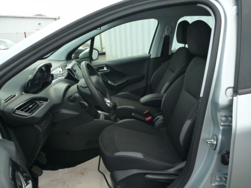 Photo 6 de l'offre de PEUGEOT 208 1.6 BLUEHDI 100CH ACTIVE BUSINESS S&S 5P à 10490€ chez J'NOV AUTO