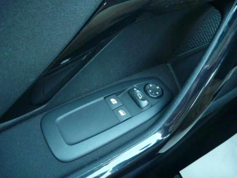 Photo 12 de l'offre de PEUGEOT 208 1.6 BLUEHDI 100CH ACTIVE BUSINESS S&S 5P à 10490€ chez J'NOV AUTO