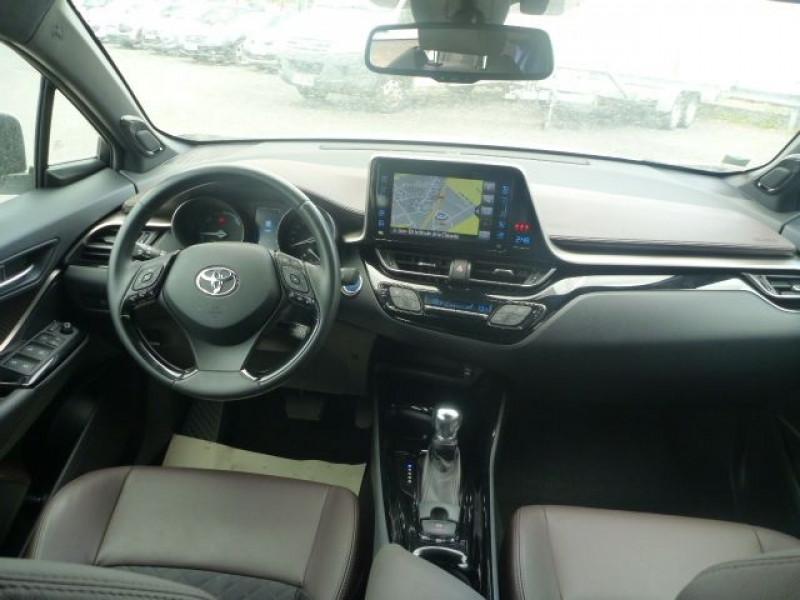 Photo 7 de l'offre de TOYOTA C-HR 122H DISTINCTIVE 2WD E-CVT à 20490€ chez J'NOV AUTO