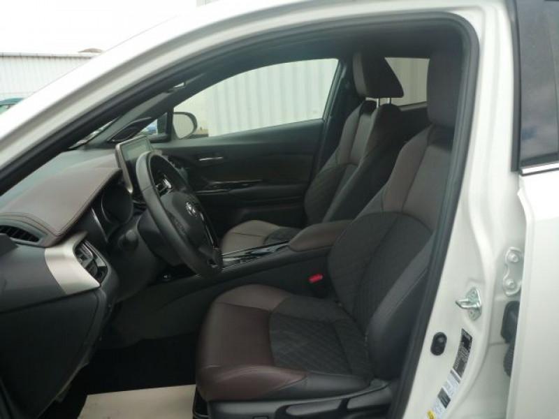 Photo 6 de l'offre de TOYOTA C-HR 122H DISTINCTIVE 2WD E-CVT à 20490€ chez J'NOV AUTO