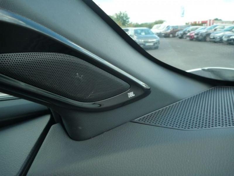 Photo 10 de l'offre de TOYOTA C-HR 122H DISTINCTIVE 2WD E-CVT à 20490€ chez J'NOV AUTO