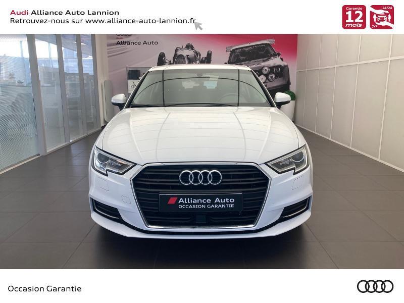 Photo 2 de l'offre de AUDI A3 1.6 TDI 110ch Design à 15900€ chez Alliance Auto – Audi Lannion