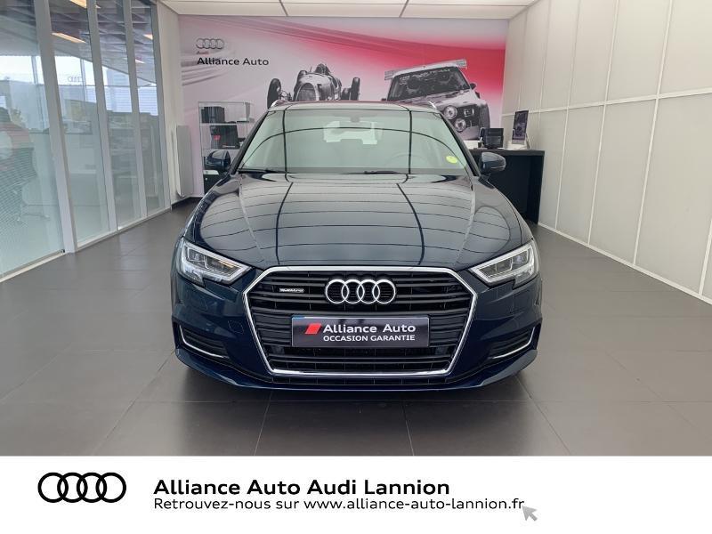 Photo 2 de l'offre de AUDI A3 Sportback 2.0 TDI 184ch Design luxe quattro S tronic 7 à 24900€ chez Alliance Auto – Audi Lannion