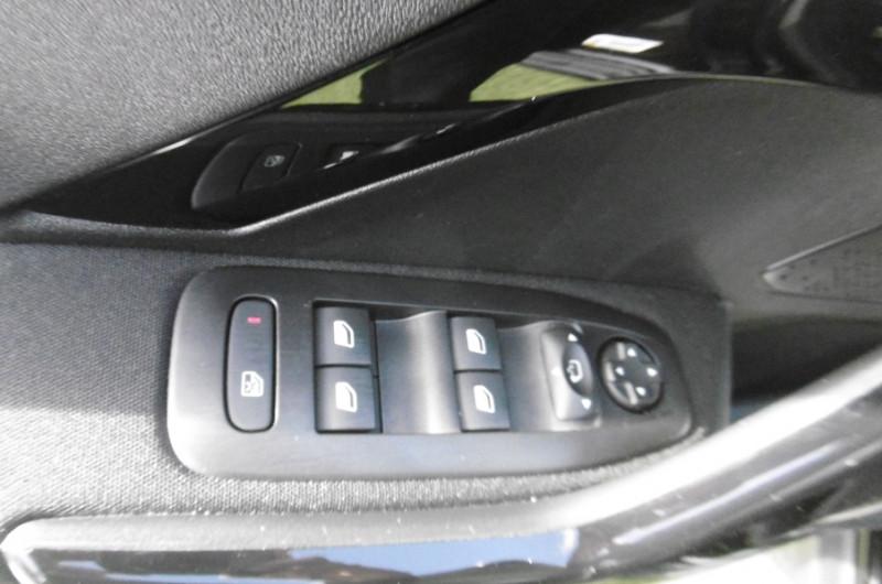 Photo 17 de l'offre de PEUGEOT 2008 1.2 PURETECH 110CH ACTIVE GPS TOIT PANO CAMERA à 16750€ chez Vent d'ouest automobiles