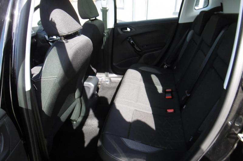 Photo 7 de l'offre de PEUGEOT 2008 1.2 PURETECH 110CH ACTIVE GPS TOIT PANO CAMERA à 16750€ chez Vent d'ouest automobiles