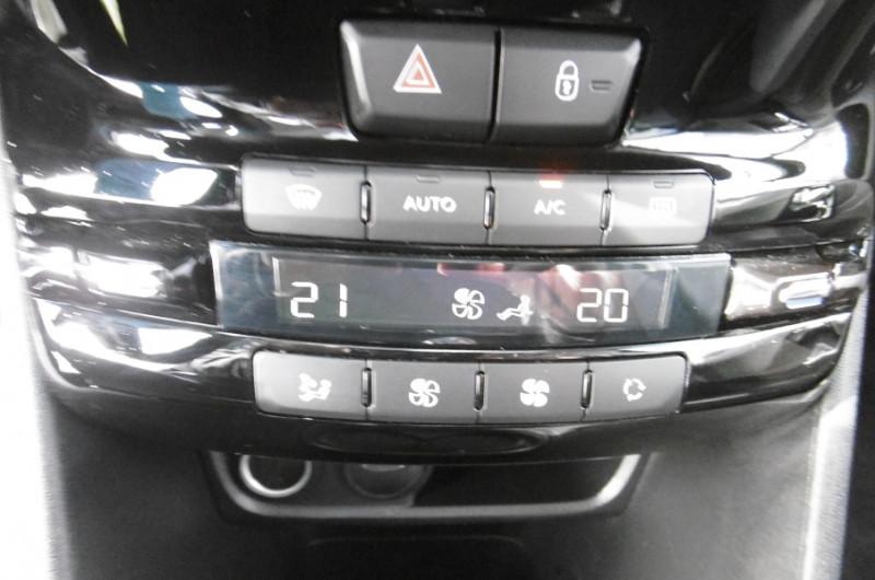 Photo 11 de l'offre de PEUGEOT 2008 1.2 PURETECH 110CH ACTIVE GPS TOIT PANO CAMERA à 16750€ chez Vent d'ouest automobiles
