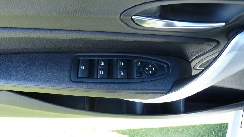 Photo 11 de l'offre de BMW SERIE 2 CABRIOLET (F23) 218DA 150CH LUXURY à 22450€ chez Vent d'ouest automobiles