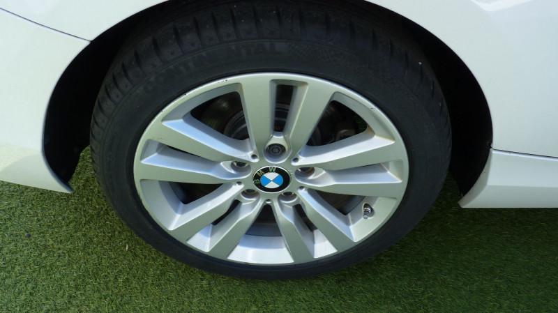 Photo 14 de l'offre de BMW SERIE 2 CABRIOLET (F23) 218DA 150CH LUXURY à 22450€ chez Vent d'ouest automobiles