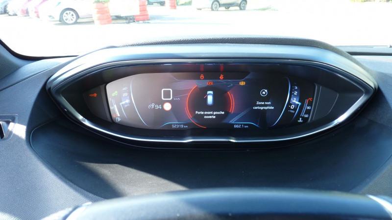 Photo 14 de l'offre de PEUGEOT 3008 1.5 BLUEHDI 130CH E6.C GT LINE S&S à 24990€ chez Vent d'ouest automobiles