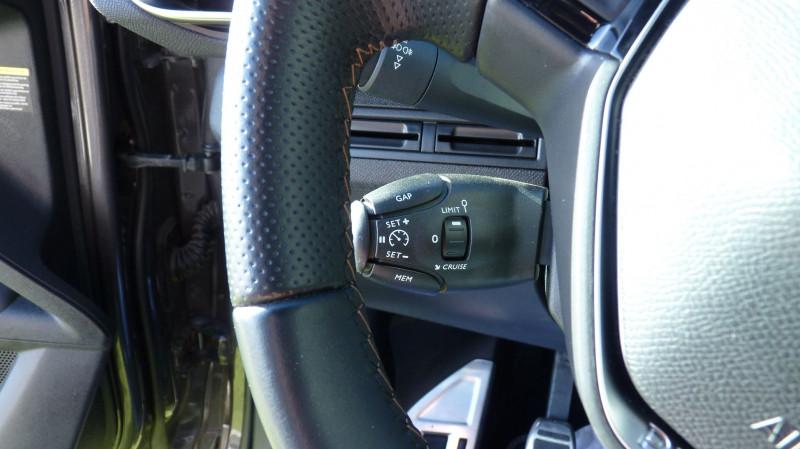 Photo 13 de l'offre de PEUGEOT 3008 1.5 BLUEHDI 130CH E6.C GT LINE S&S à 24990€ chez Vent d'ouest automobiles