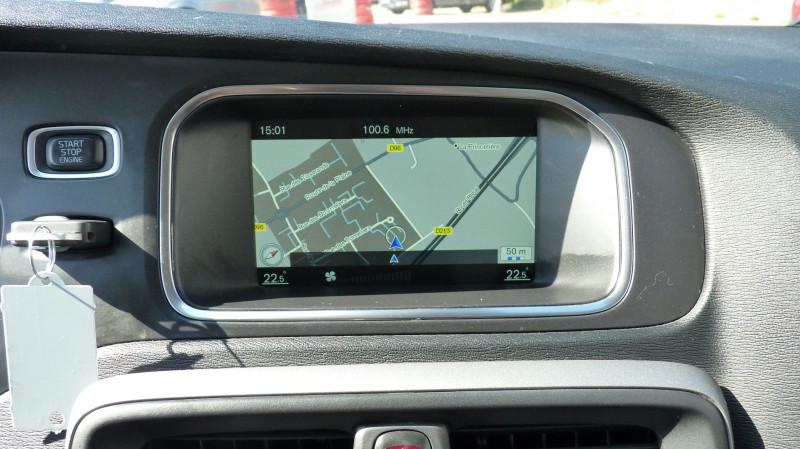 Photo 11 de l'offre de VOLVO V40 D2 120CH KINETIC à 13500€ chez Vent d'ouest automobiles