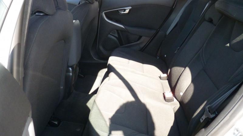 Photo 7 de l'offre de VOLVO V40 D2 120CH KINETIC à 13500€ chez Vent d'ouest automobiles