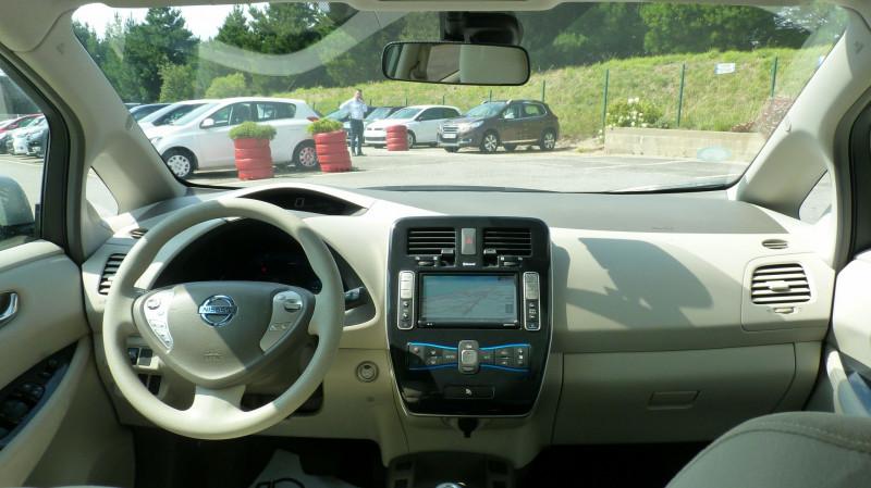 Photo 7 de l'offre de NISSAN LEAF 109CH à 8950€ chez Vent d'ouest automobiles