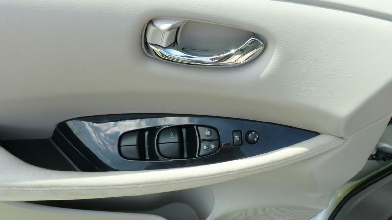 Photo 11 de l'offre de NISSAN LEAF 109CH à 8950€ chez Vent d'ouest automobiles