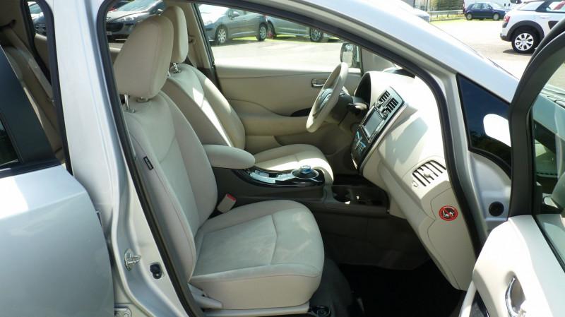 Photo 6 de l'offre de NISSAN LEAF 109CH à 8950€ chez Vent d'ouest automobiles