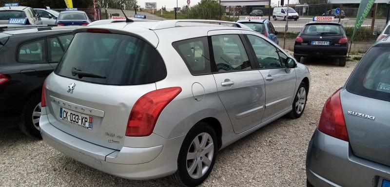 Photo 2 de l'offre de PEUGEOT 308 SW 1.6 HDI110 FAP PREMIUM à 3900€ chez Automobile nimois