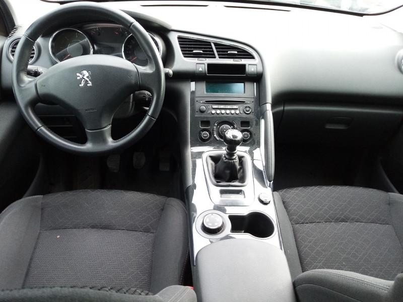 Photo 4 de l'offre de PEUGEOT 3008 HDI  1.6L  115 FAP ACTIVE à 8900€ chez Automobile nimois