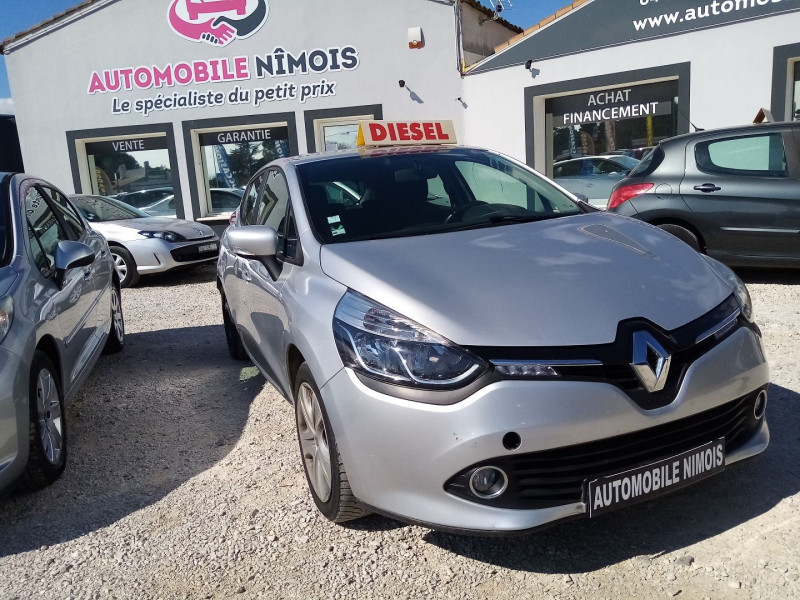 Photo 1 de l'offre de RENAULT CLIO IV DCI 1.5L   90CH BUSINESS ECO² 90G à 7490€ chez Automobile nimois
