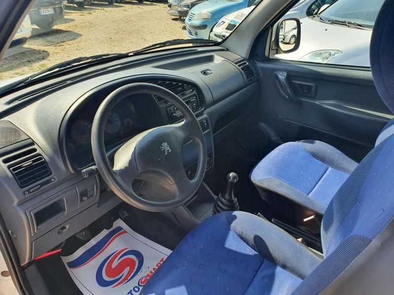 Photo 4 de l'offre de PEUGEOT PARTNER DIIESEL 1.9L FRIGORIFIQUE à 5900€ chez Automobile nimois