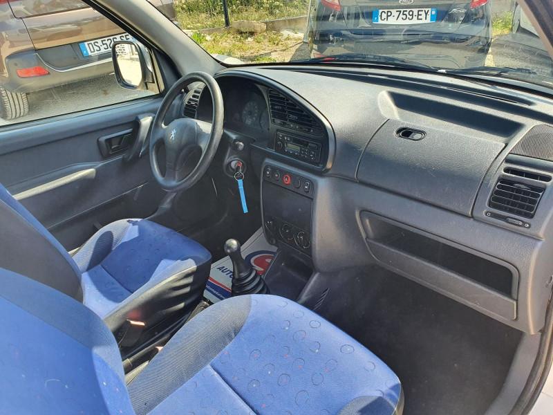 Photo 5 de l'offre de PEUGEOT PARTNER DIIESEL 1.9L FRIGORIFIQUE à 5900€ chez Automobile nimois