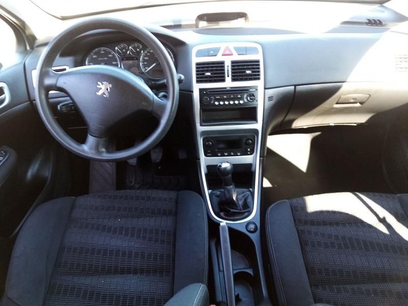 Photo 3 de l'offre de PEUGEOT 307 BREAK HDI  1.6L 90 CONFORT PACK à 3600€ chez Automobile nimois