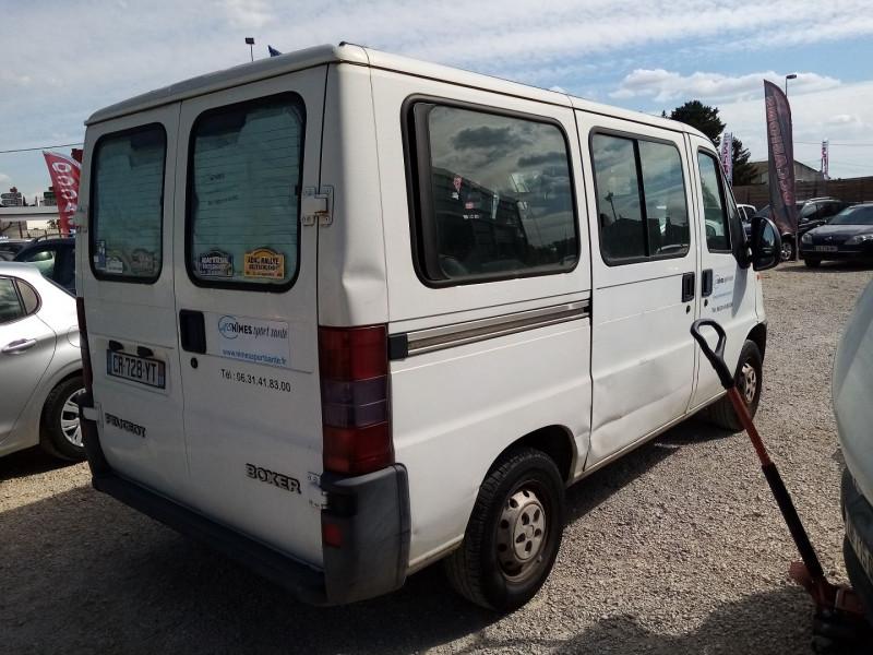 Photo 2 de l'offre de PEUGEOT BOXER HDI  2.L 85 COMBI 290C 9 PLACES à 4500€ chez Automobile nimois