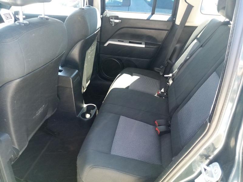 Photo 4 de l'offre de JEEP PATRIOT 2.0 CRD LIMITED à 6990€ chez Automobile nimois