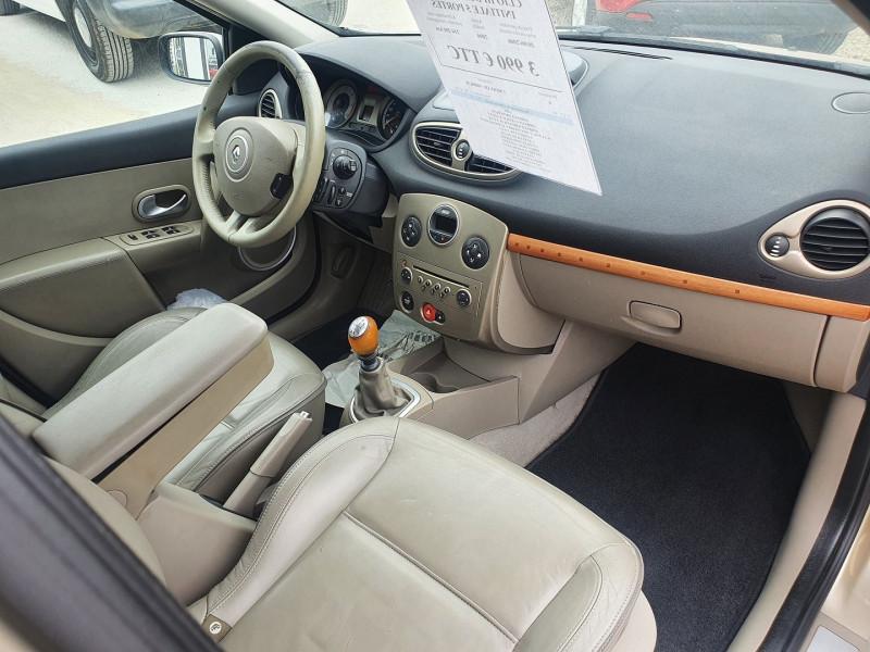 Photo 5 de l'offre de RENAULT CLIO III DCI 105CH  1.5L  INITIALE 5 PORTES à 3990€ chez Automobile nimois