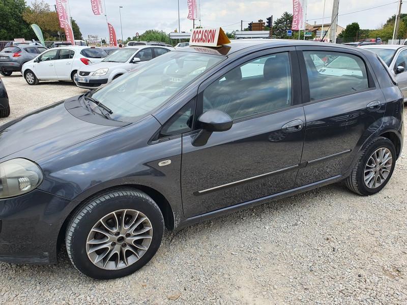 Photo 1 de l'offre de FIAT PUNTO EVO 1.2 8V 69CH S&S MYLIFE 5P à 4200€ chez Automobile nimois