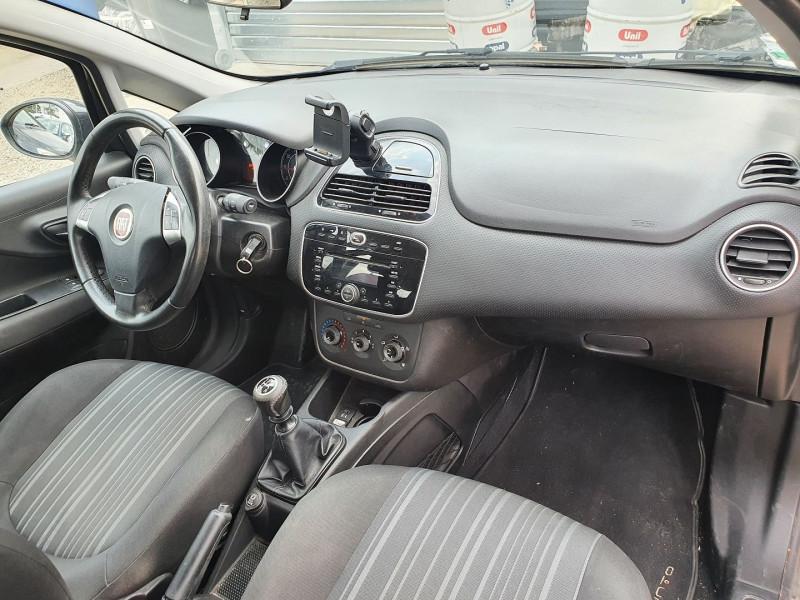 Photo 4 de l'offre de FIAT PUNTO EVO 1.2 8V 69CH S&S MYLIFE 5P à 4200€ chez Automobile nimois